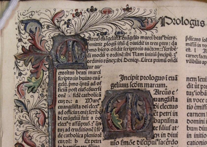Illuminated initial from fol.21 of vol. 4 of Biblia cum postillis Nicola de Lyra (Photo: Balliol College Library)