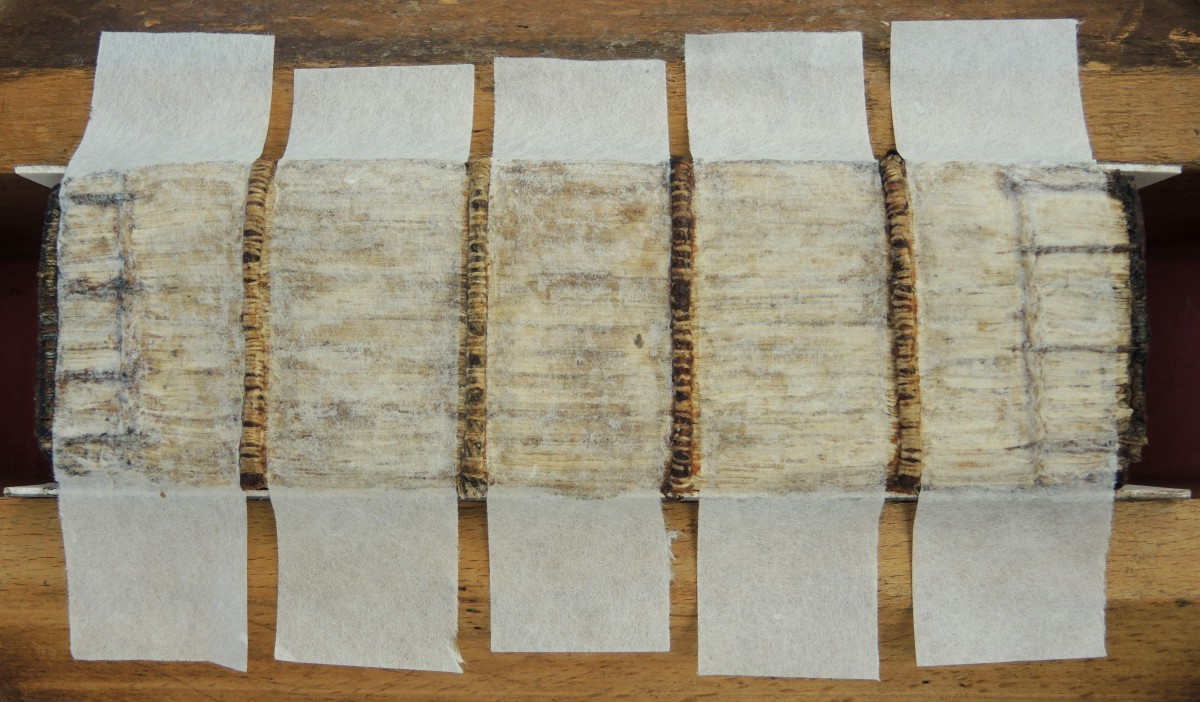1. RK 17 used as a preliminary spine lining, adhered with wheat starch paste.